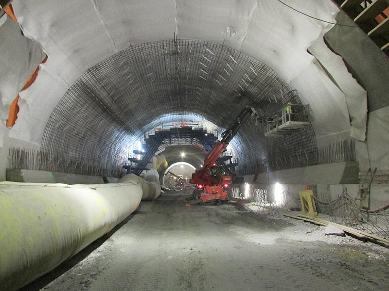 Zbrojenie kaloty w ;ewej nitce tunelu - strona północna - 10.03.2018 r.