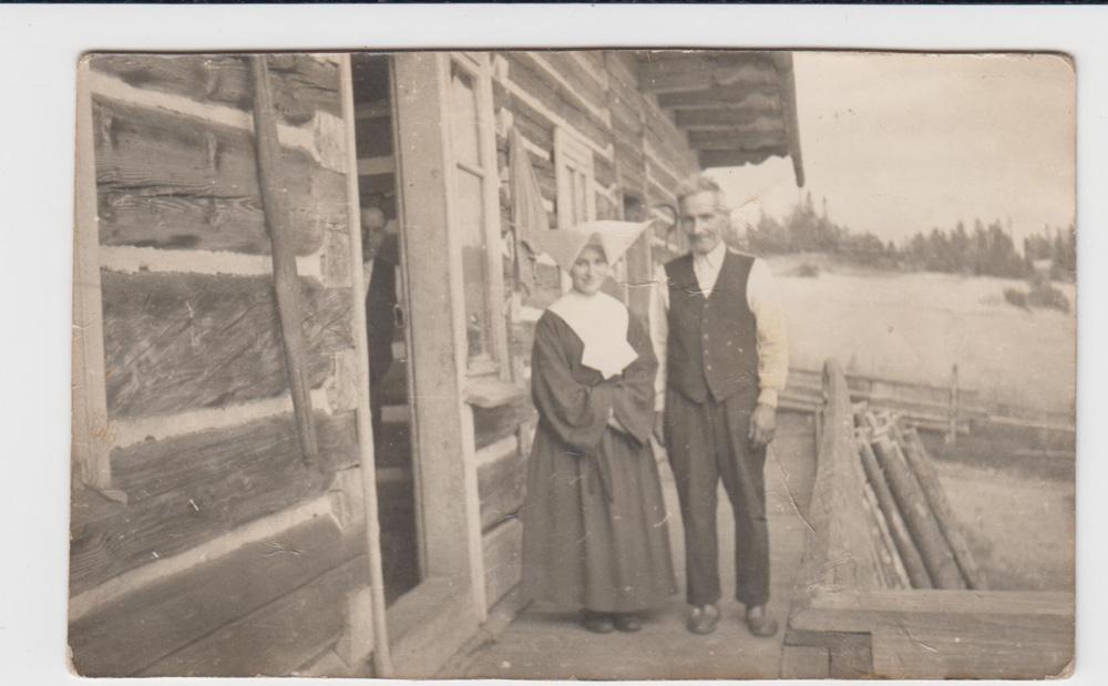 Sebastian Gacek z Marią Gacek córką Walentego, którą trzymał do chrztu